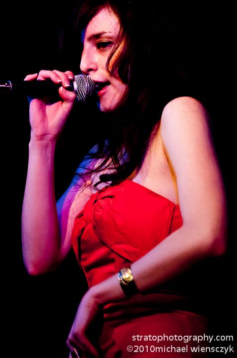 Irene magenta glow